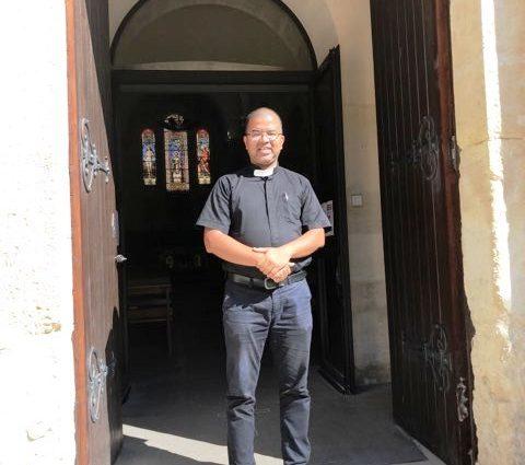 Photo du Père Humberto Pabon